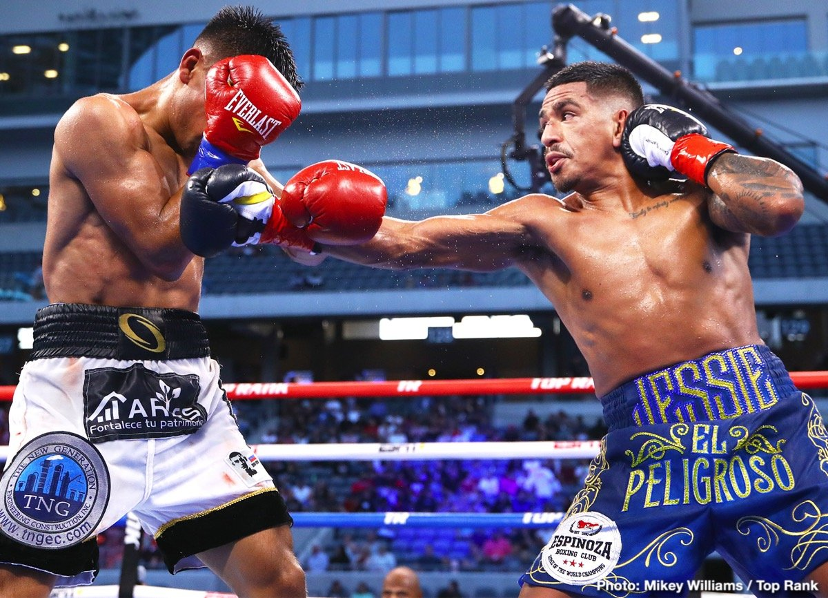 0-Jessie_Magdaleno_vs_Rafael_Rivera_action11.jpg