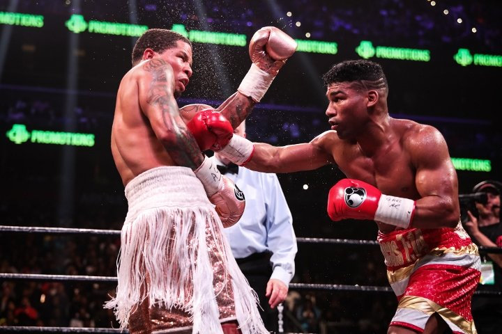 davis-gamboa-fight (19)