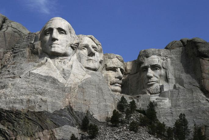 1024px-Dean_Franklin_-_06.04_.03_Mount_Rushmore_Monument_(by-sa)-3_new_