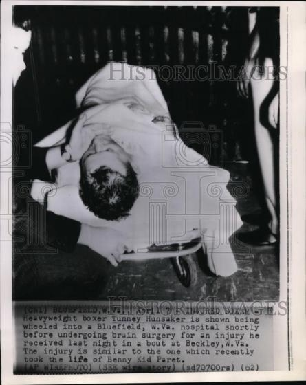 1962-04-06_Tunney_Hunsaker_200_lbs_lost_to_Joe_Shelton_192_lbs_by_KO_at_243_in_round_10_of_10_(2)