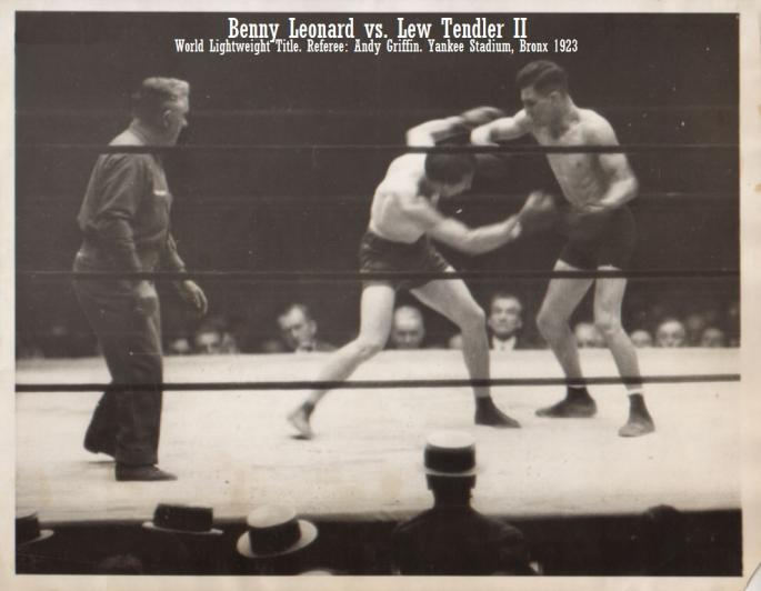 Leonard_vs_Tendler_World_Lightweight_Title_Referee_Andy_Griffin_Yankee_Stadium,_Bronx_1923