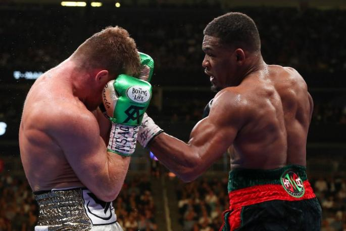 canelo-jacobs-fight_(14)