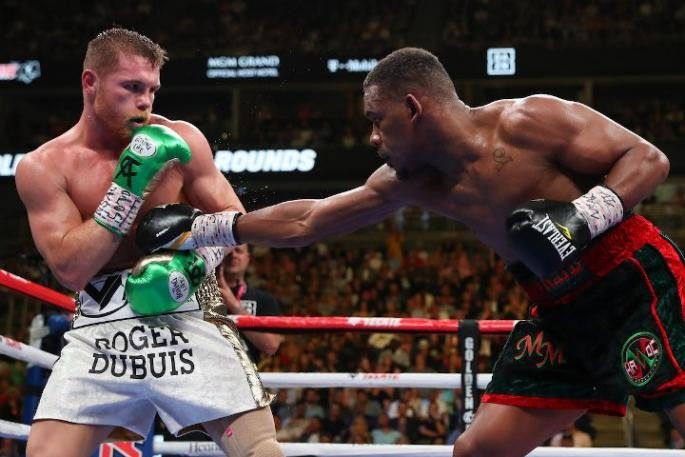 canelo-jacobs-fight_(25)